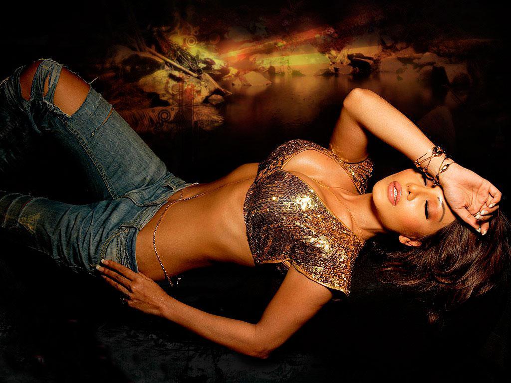 Koena Mitra Hot Photos Wallpapers