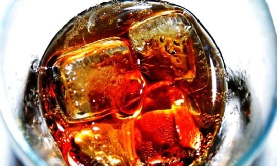 Τι συμβαίνει στο σώμα μας όταν πιούμε ένα κουτί αναψυκτικό.... Σοκαριστικό.