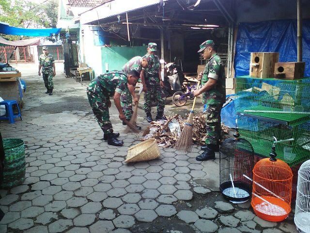 Pasar Burung Gowangsan Pati, Dibersihkan Anggota TNI