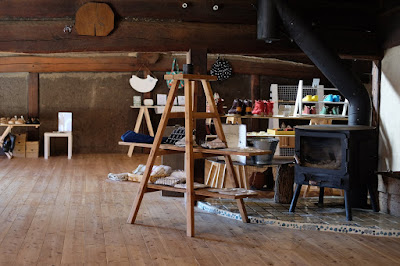 松本市四賀の古民家カフェ KAJIYA(カジヤ)ギャラリースペース