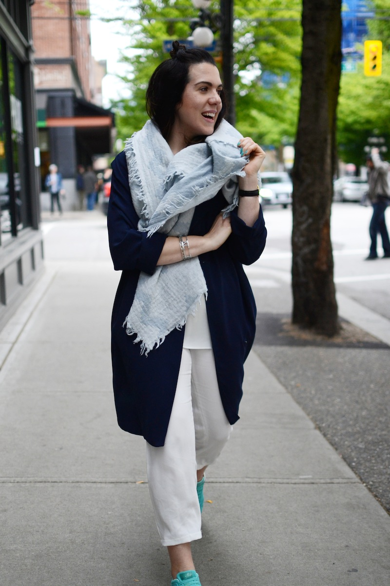 Geox Nebula turquoise weekend coffee date outfit Vancouver fashion blogger