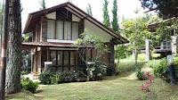 Villa Blok W no 2 Istana Bunga