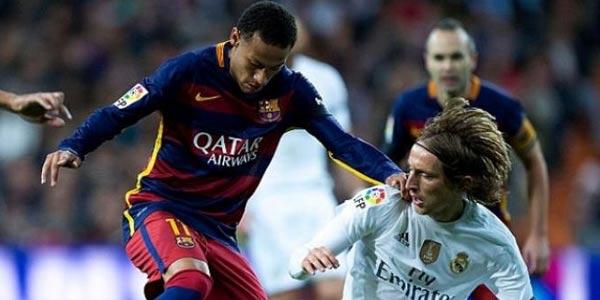 Ronaldinho Bicara soal Isu Neymar ke Madrid
