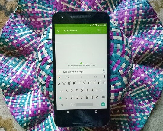 Google's Gboard for Android Now Suggests GIFs and Emojis with Multilingual Typing
