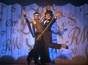 Liza Minnelli y Joel Grey en Cabaret