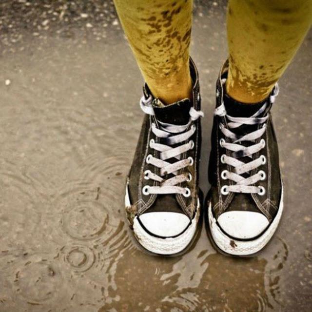 لكي سيدتي| كيف تنظيفين الأحذية وتعيدي لها لمعانها بطريقة سحرية ! تعرفي عليها