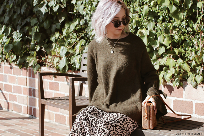 Japanese Fashion Blogger,Mizuho K,20181110OOTD, ZARA= green Khaki knit sweater, Rakuten= leopard skirt, SheIn= short boots, crossbody=Bali handy, CHOIES=sunglasses, Shashi=necklace, Bershka=medal necklace, Somnium=ring