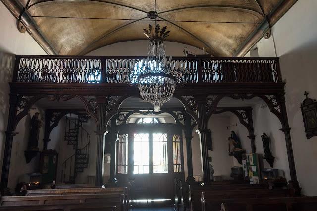 O bonito interior da Igreja da Ordem