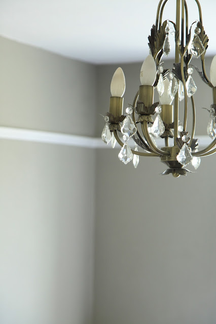 Colour Study: Dulux Dusted Moss 1 with chandelier