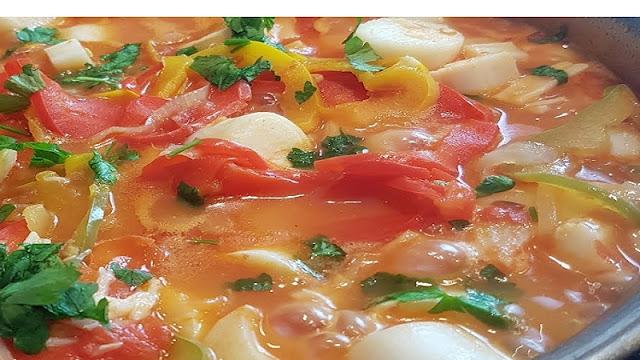 Receita de moqueca vegetariana de palmito (Imagem: Reprodução/TH Film)