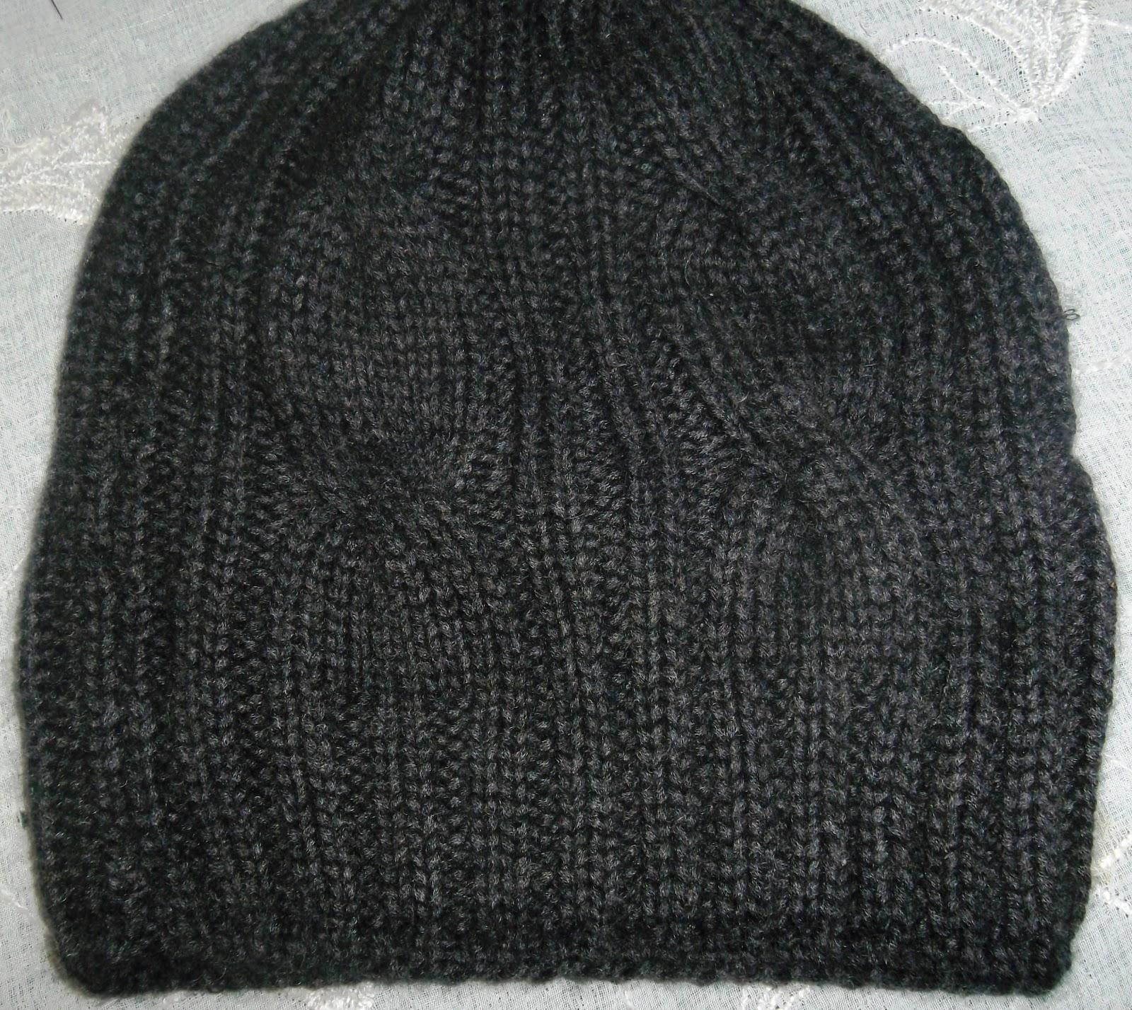 ... Cappello di lana marrone. BERRETO UOMO A FERRI ... 2581e0e4e141
