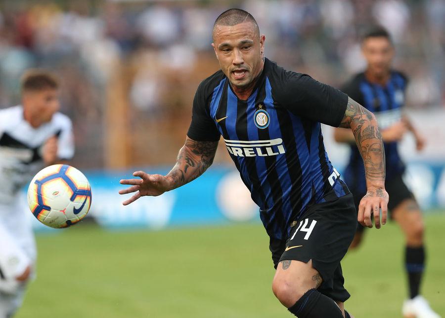 Radja Nainggolan Bandingkan Kualitas Inter Milan dan AC Milan