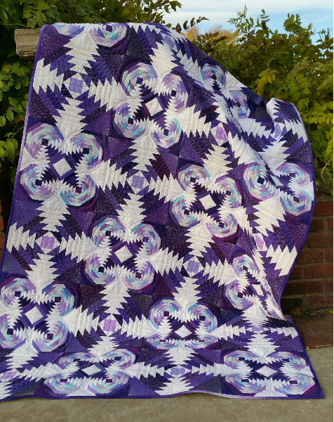 A Tarted Up Pineapple Quilt Free Pattern by Janna Thomas of blocloc