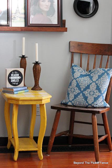 A Sunny Makeover for a Thrift Store Side Table