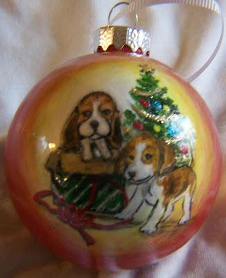 two beagles box