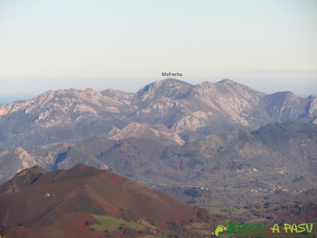 Vista del Mofrechu desde el Niañu