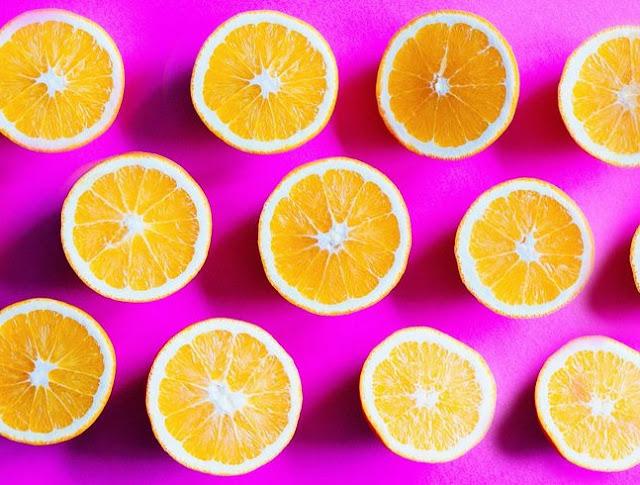 benefícios de usares vitamina c na tua cara
