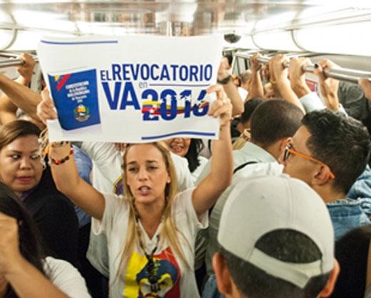 La protesta de Lilian Tintori en el Metro de Caracas