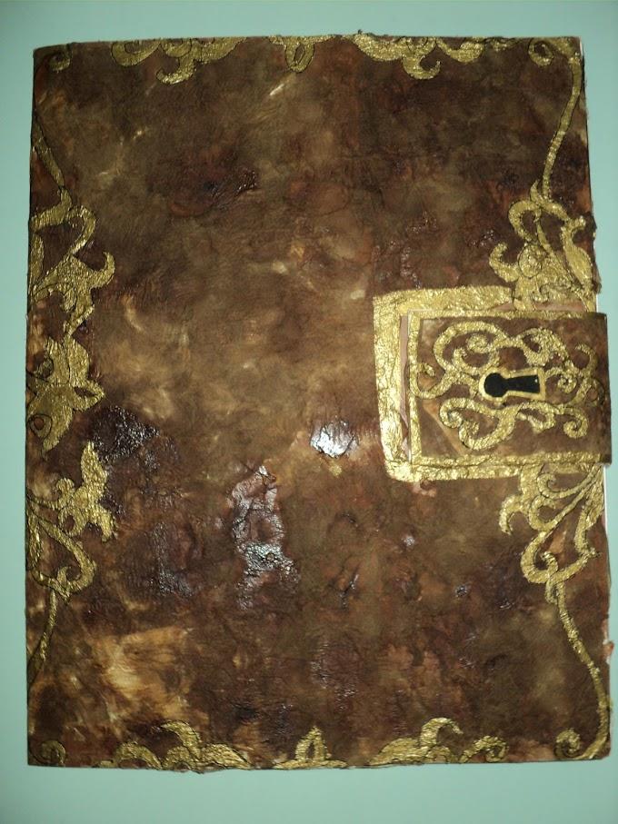 Libro Antiguo - Proyecto Final de Dibujo