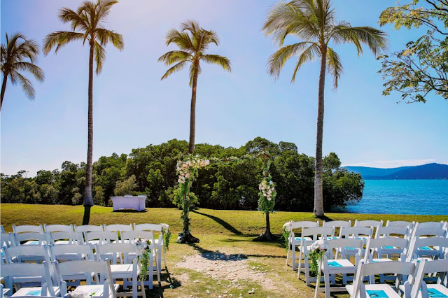 beachfront wedding venue cairns airlie beach nadine maher photography