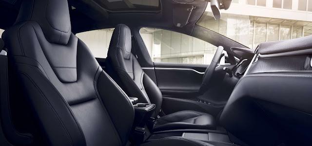 Interior Tesla Model S P90D