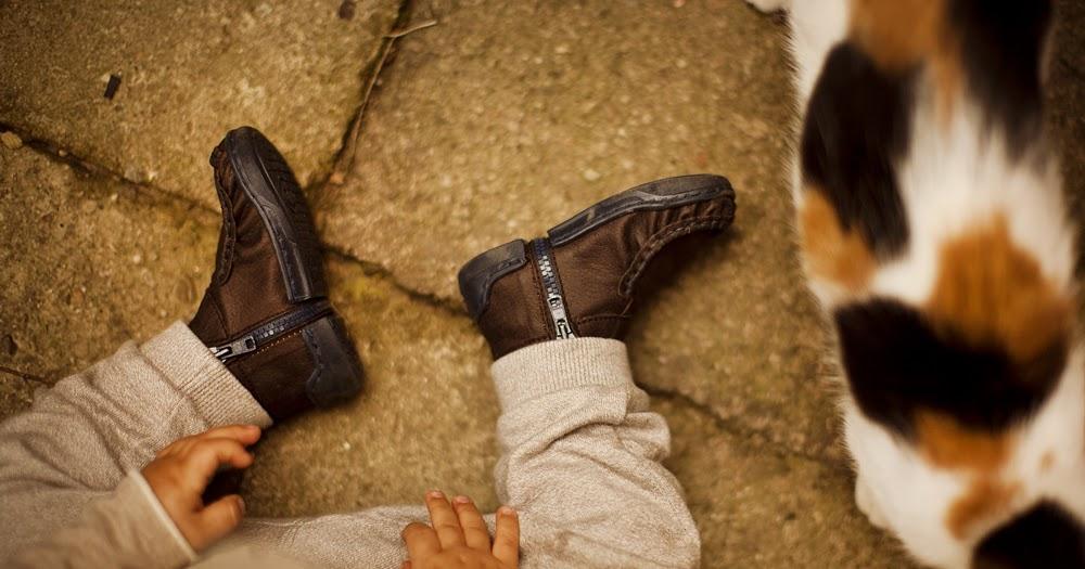 Pierwsze Buty Do Nauki Chodzenia Kiedy Je Kupic I Na Co Zwrocic Uwage Moje Idealia Blog Lifestylowy Diy Wnetrza Ciaza I Macierzynstwo Uroda Kuchnia