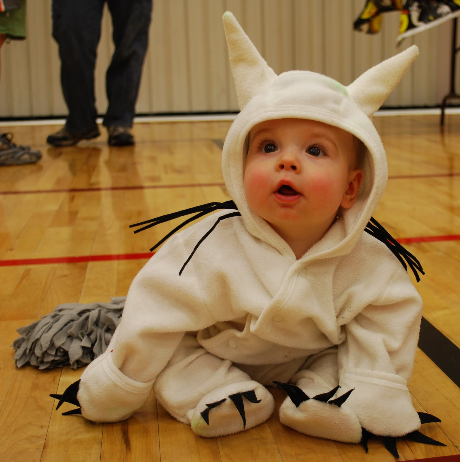 epbot: and now, a dose of halloween cute