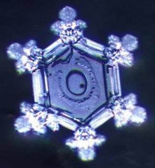 Gambar Molekul Air Zam Zam Fakta Perubahan Molekul Air Saat Berkata Yang Baik Dan Buruk