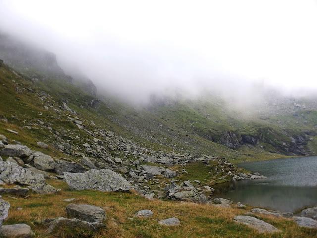 Fogarasze, między Lacul Balea a Saua Caprei