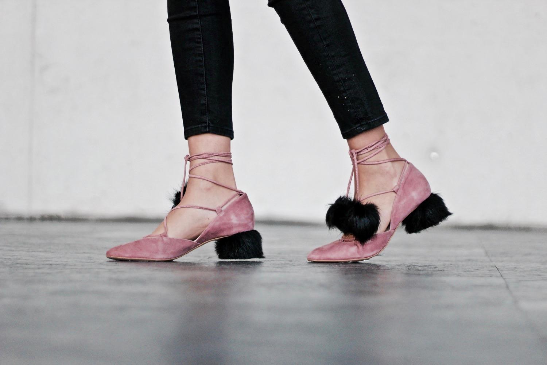 zapatos peludos zara