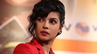 अभिनेत्री प्रियंका चोपड़ा की मां ने पूर्व मैनेजर पर लगाया झूठ बोलने का अरोप