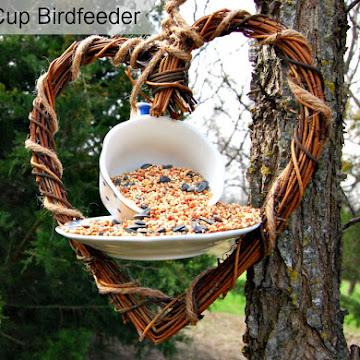 DIY~Tea Cup Birdfeeder