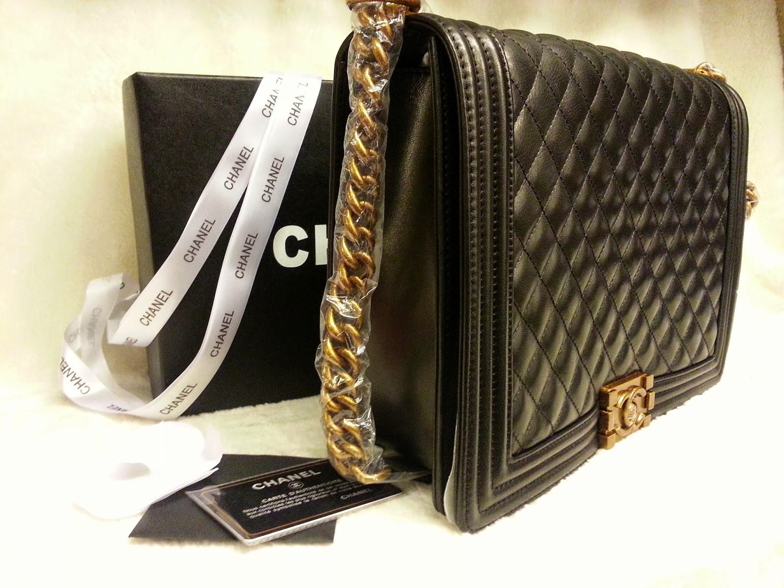 8cc89fb406a9 Deal Treasure: Chanel Boy Flap Bag -Big Size
