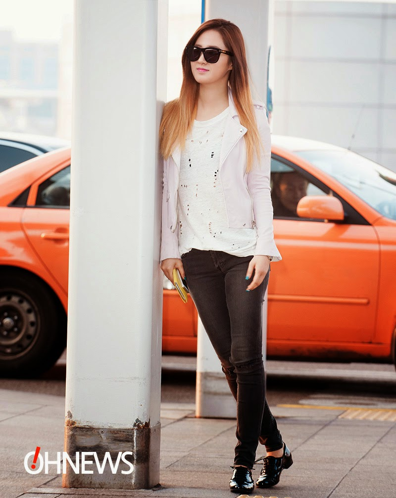 airport fashion snsd yuri official korean fashion