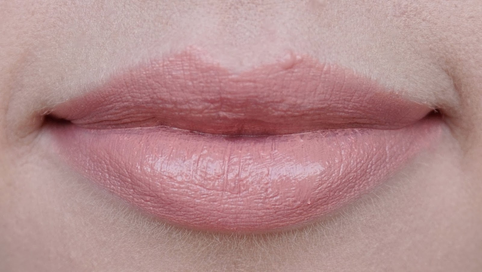 charlotte tilbury hot lips lipstick secret salma kim k.w. miranda may review swatches look kim k.w. 2 lip swatch