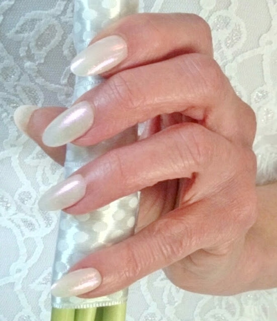 shimmering white bride nails