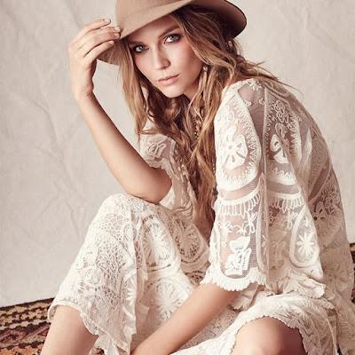 vestido de renda clássico