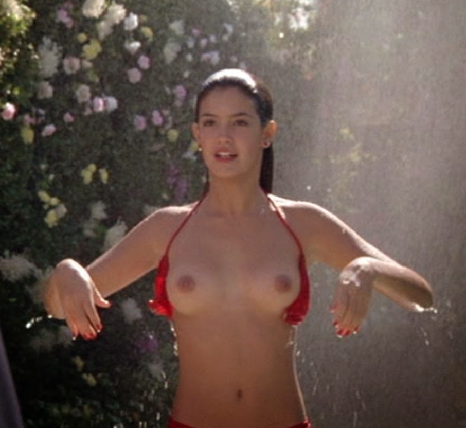 Phoebe Cates as Linda in Fast Times at Ridgemont High (1982)