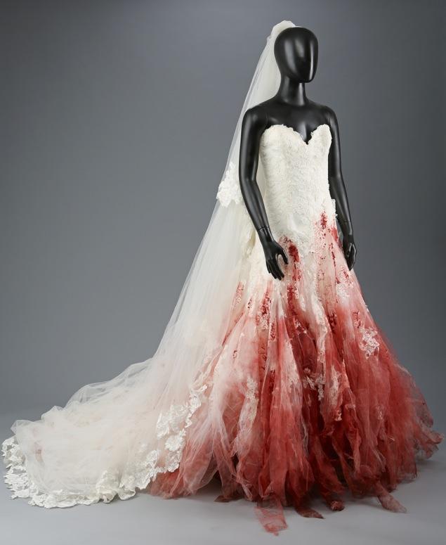 Bella Swan nightmare wedding dress Twilight Breaking Dawn