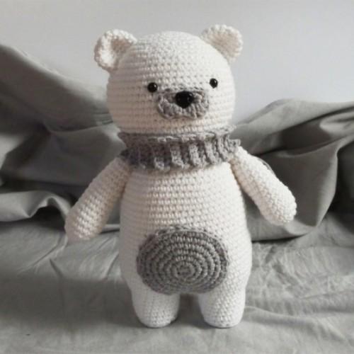 Polar Bear Amigurumi - Free Pattern