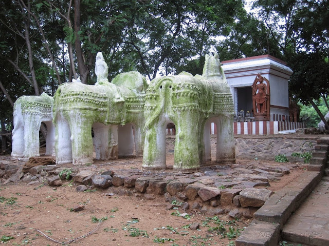 Dakshinachitra - Tamilnadu Ayyanar Shrine