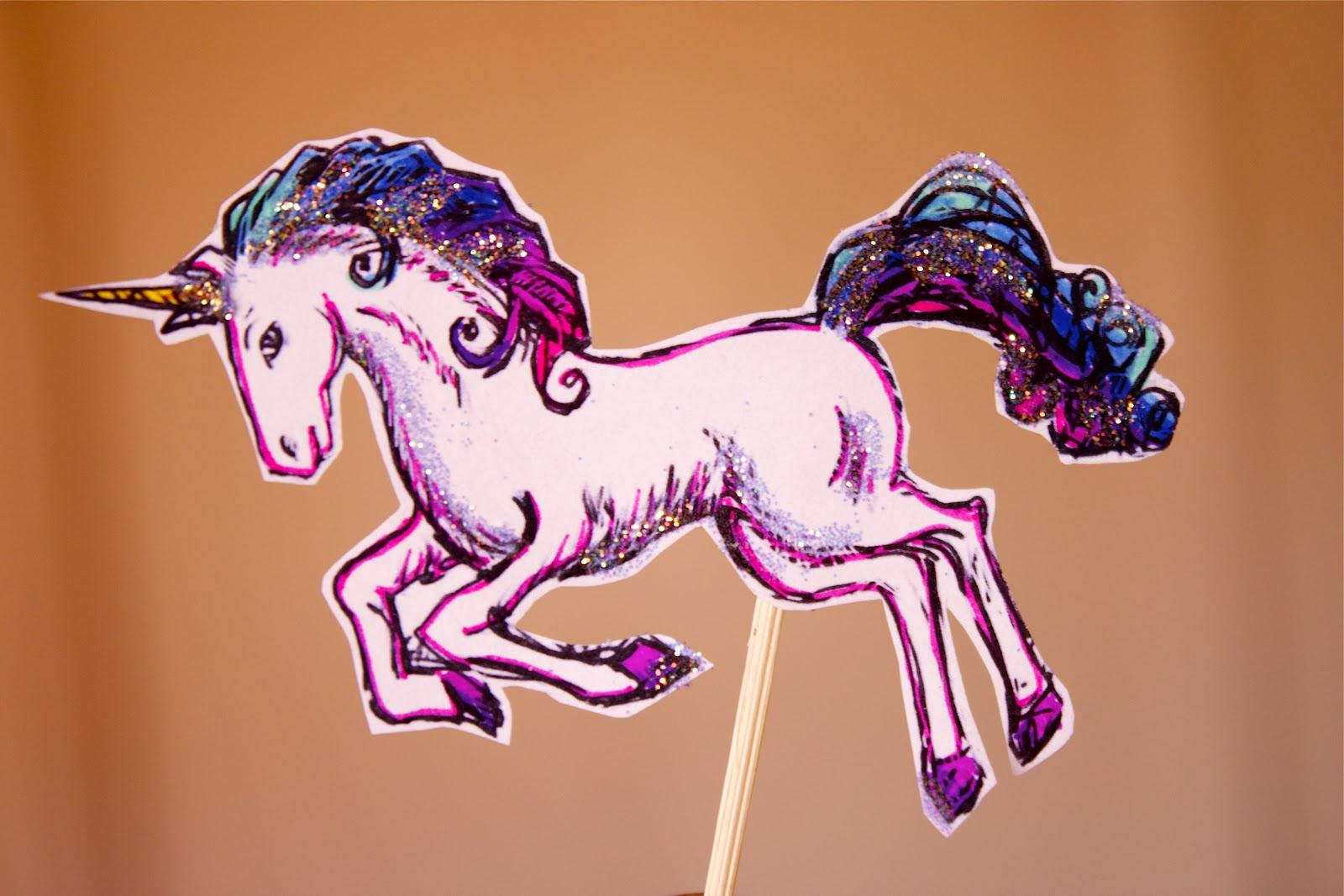 Cosmocookie Unicorn Rainbow Cupcakes