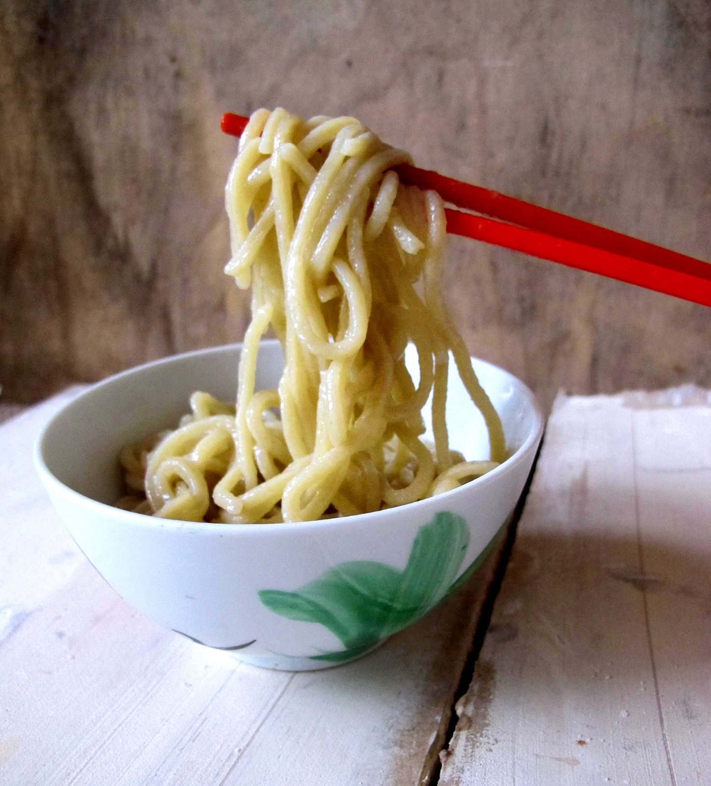 MUMMY, I CAN COOK: How to make Asian egg (alkaline) noodles