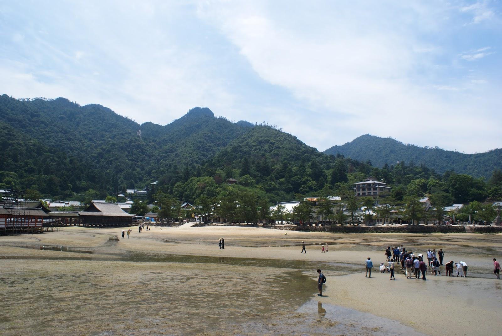 miyajima itsukushima japan