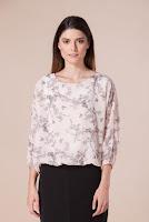Bluza nude cu imprimeu floral