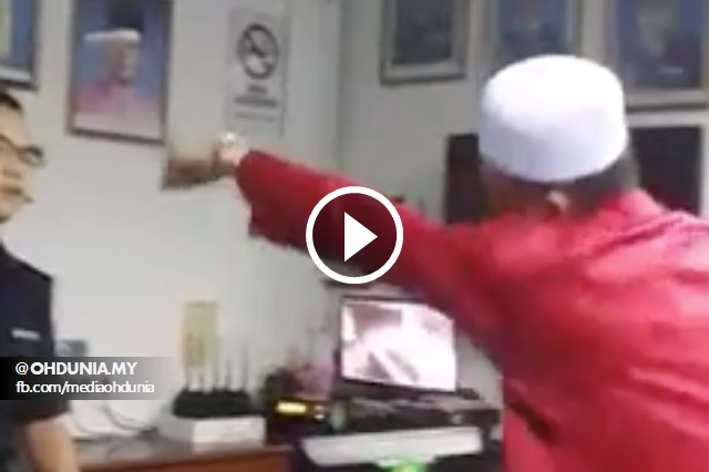 Video: Tok Yie 'Mengamuk' di Balai Polis, Datang Balik Bawa Rakan & Parang