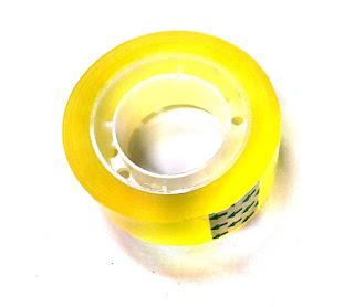 nastro adesivo piccolo