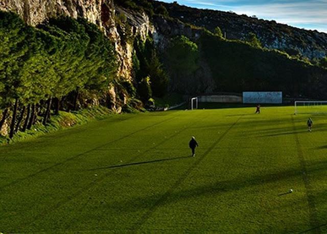 Club Monaco training center #7
