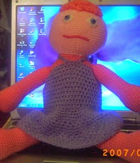 http://yarnkrazy.blogspot.com.es/2007/02/ellies-baby-doll.html