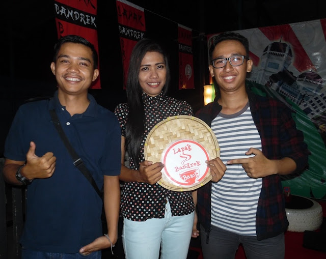 Lapak Bandrek Batok, Lengkapi Wisata Kuliner Medan
